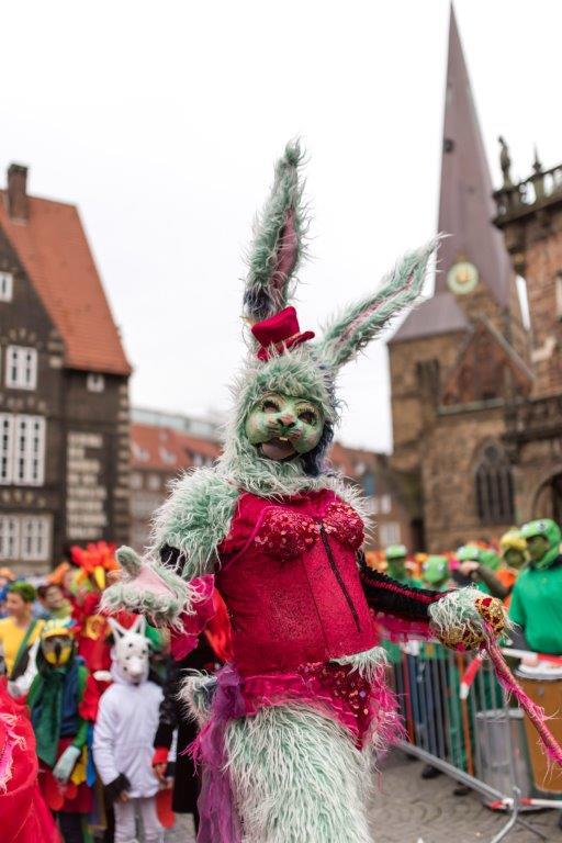Bremer Karneval Hasenkostüm Bremer Marktplatz
